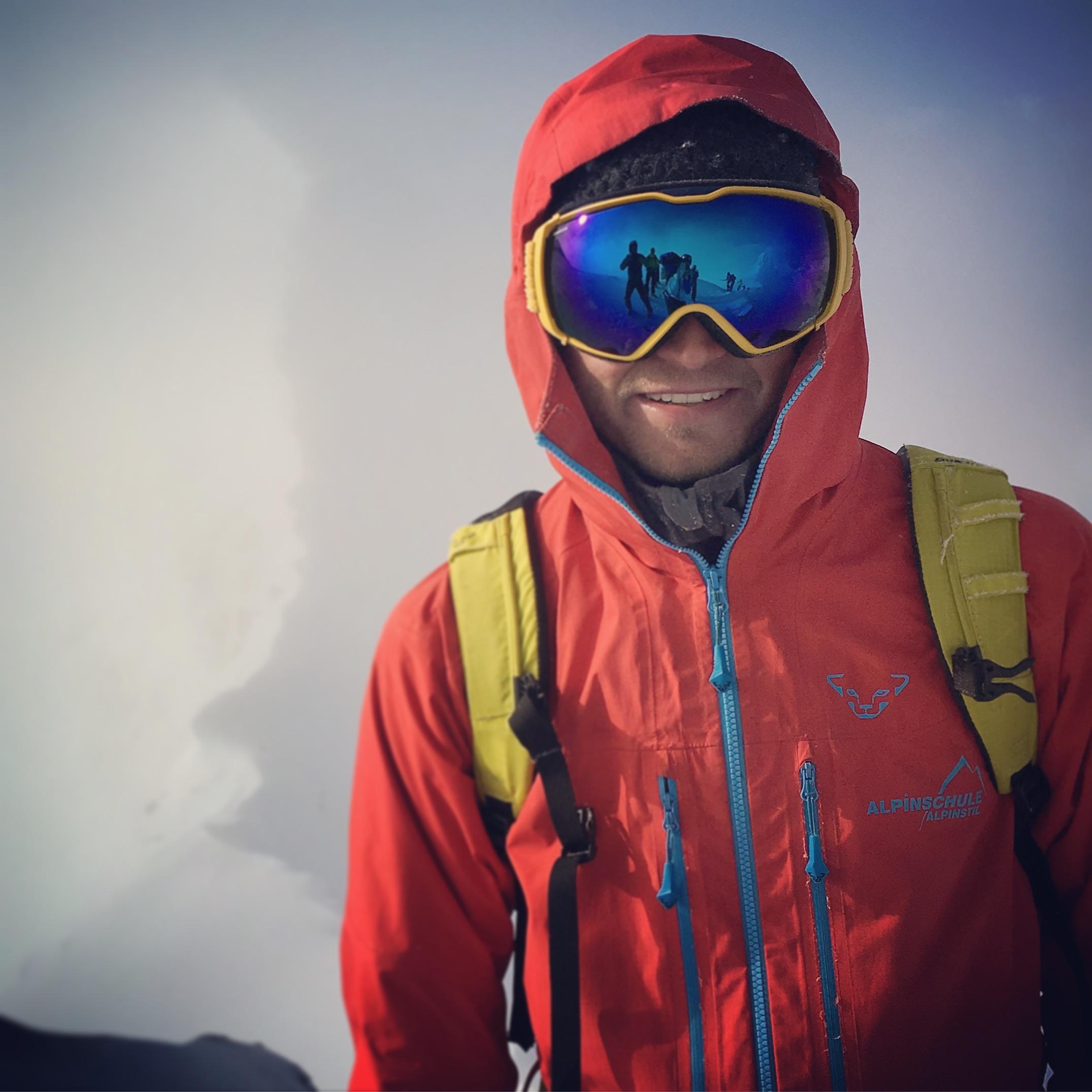 Jürgen Reinmüller Lofoten Skitourenreise Bergführer Alpinschule Alpinstil